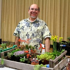 Art Scarpa presents miniature plants program