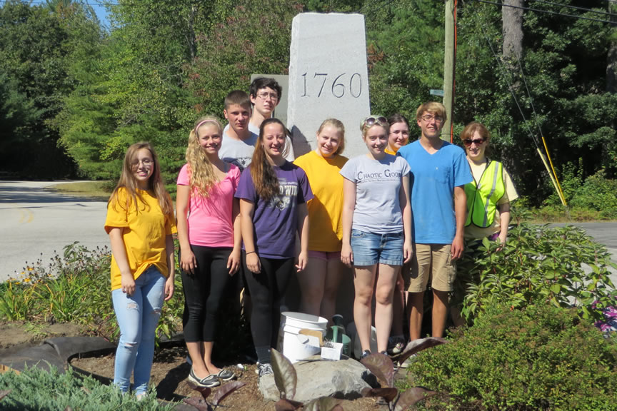Souhegan High School Students Volunteer The Amherst Nh